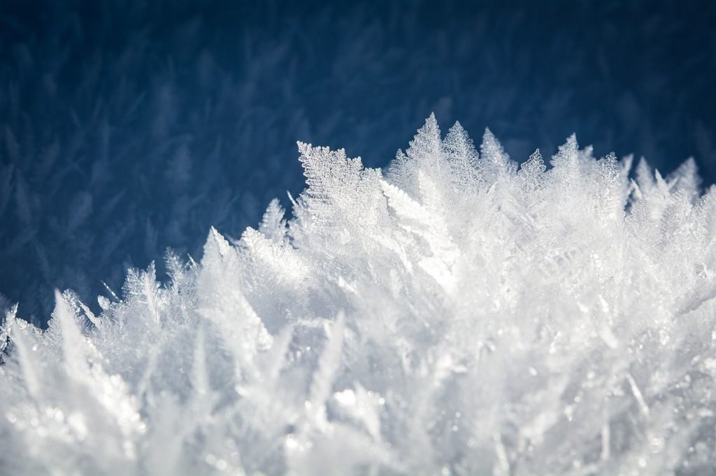 Krystalizująca woda